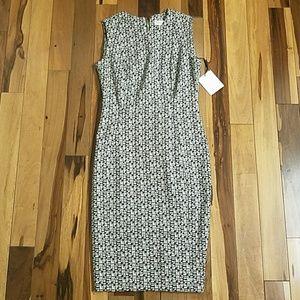🌟🆕 Black/White Pattern Calvin Klein Sheath Dress